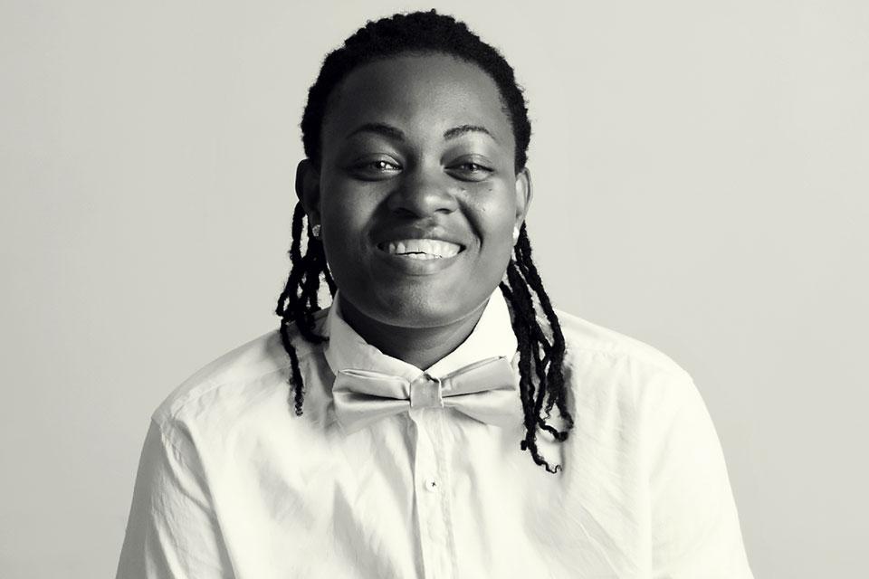 Black woman Helen Tavares smiling